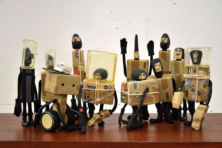 CC 22 Undelivery P.E.T.E.R. by Michael Lau 2003 Designer Art Toy For Sale 3