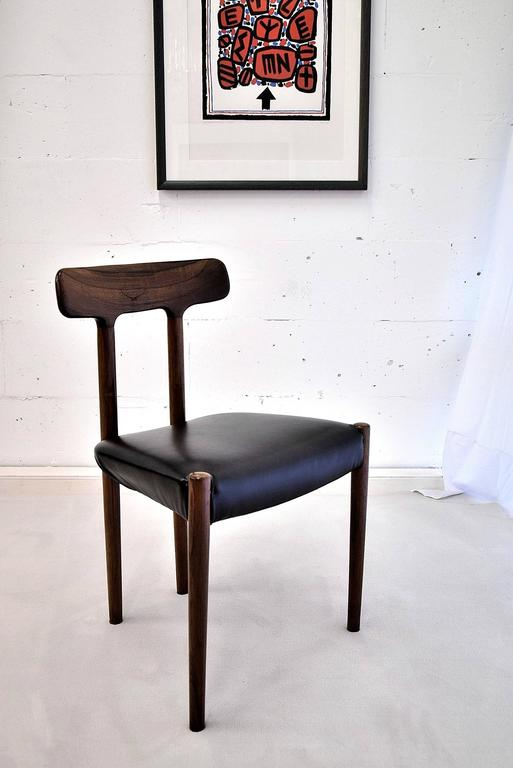 20th Century Rosewood T Chair For Sale 1