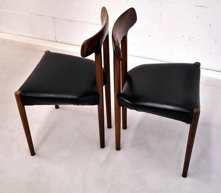 Norwegian 20th Century Rosewood T Chair For Sale