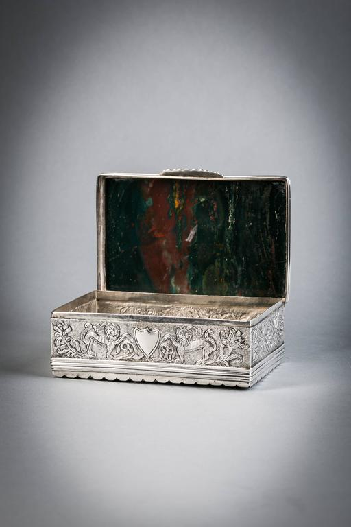 Continental silver and agate box, circa 1870.  With Agate on top and bottom. Silver apparently unmarked.