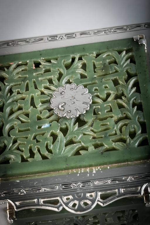 Sterling Silver and Jade Box, Farmer, circa 1920 In Good Condition For Sale In New York, NY