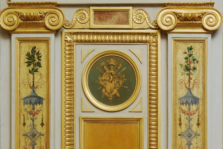 Beautiful Wood Paneling Decoration Painted and Gilded, 19th Century In Excellent Condition For Sale In Paris, FR
