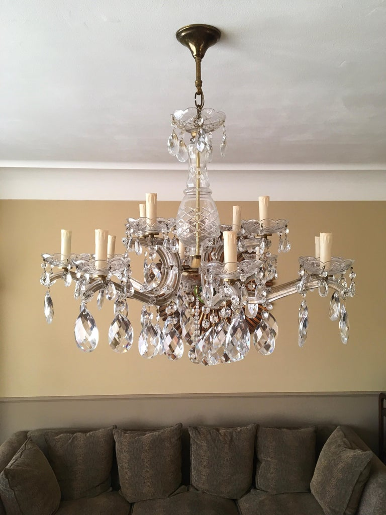 Brass Maria Theresa Style Vintage 12 Lights Crystal Chandelier For Sale