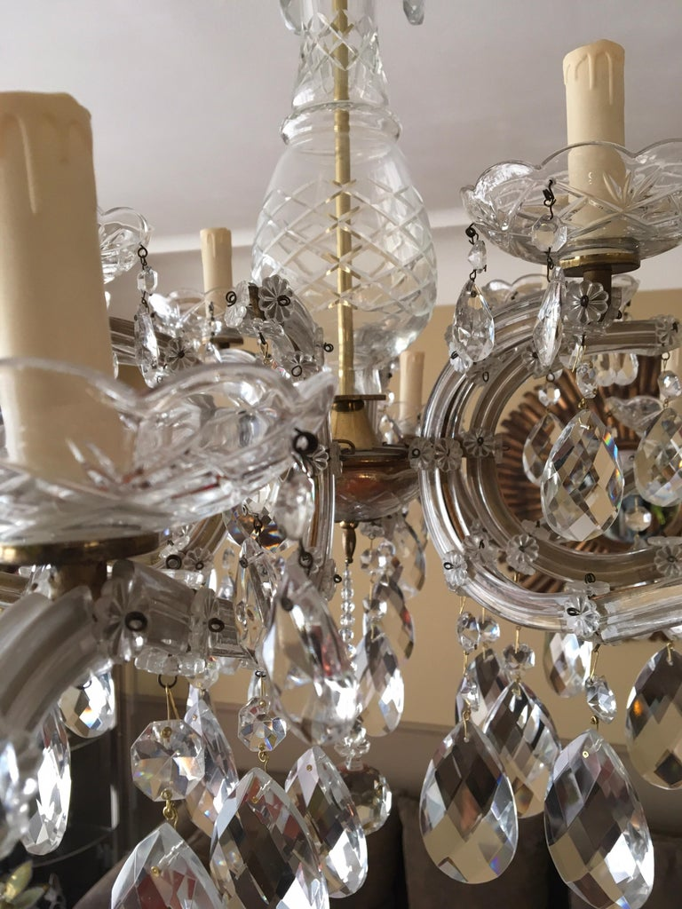 Maria Theresa Style Vintage 12 Lights Crystal Chandelier For Sale 3