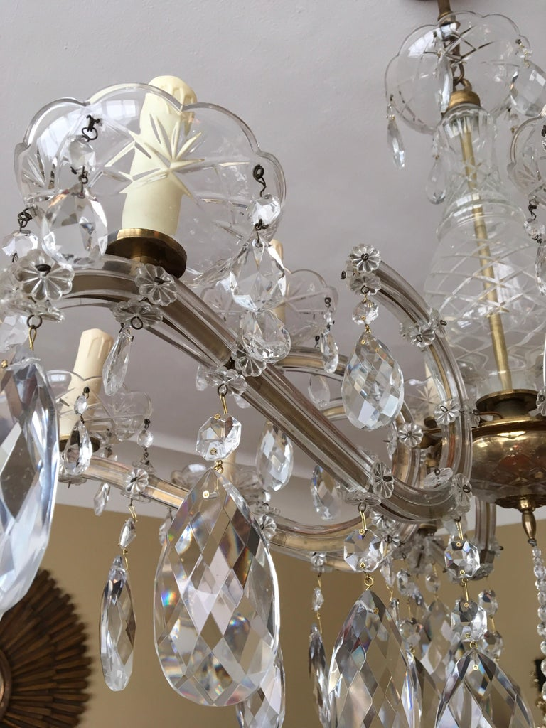 Maria Theresa Style Vintage 12 Lights Crystal Chandelier For Sale 6