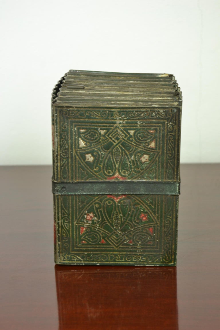 English 1903 Huntley and Palmers Tin Books Box by Sir Walter Scott For Sale