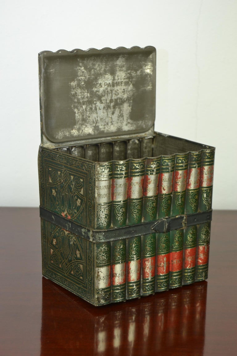 1903 Huntley and Palmers Tin Books Box by Sir Walter Scott For Sale 2