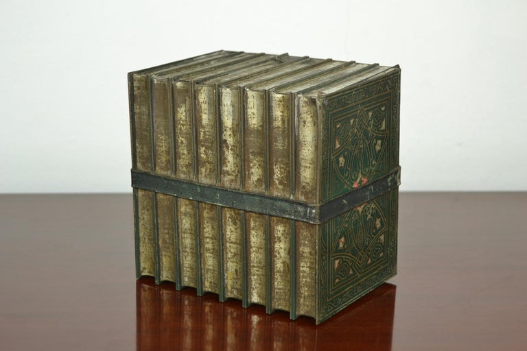 20th Century 1903 Huntley and Palmers Tin Books Box by Sir Walter Scott For Sale