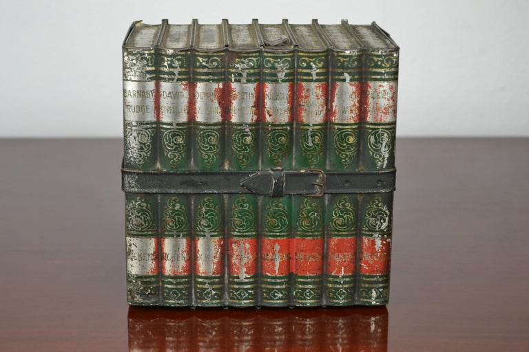 1903 Huntley and Palmers Tin Books Box by Sir Walter Scott For Sale 7