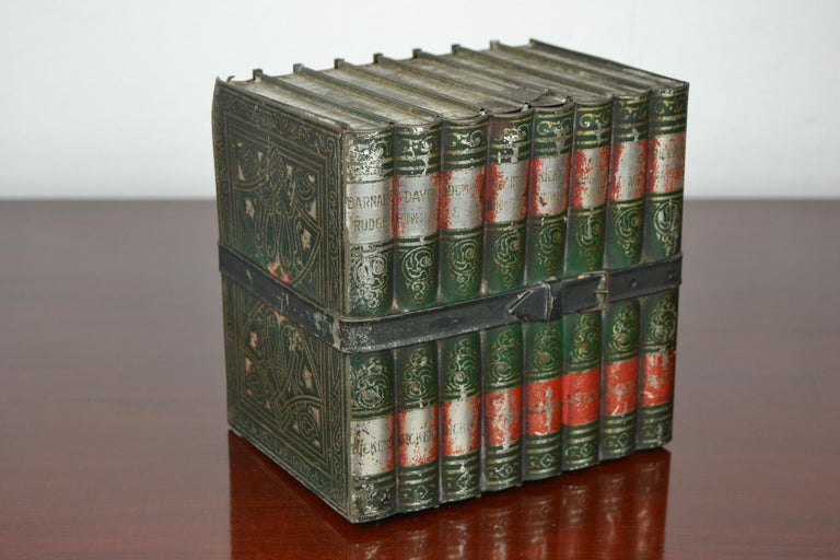 1903 Huntley and Palmers Tin Books Box by Sir Walter Scott For Sale 8