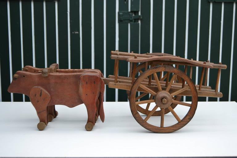 1930s  French Wooden Pull Toy Oxcart by Déjou  For Sale 2