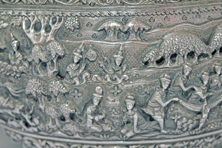 Solid Silver Hand-Worked Burmese Ceremonial Bowl, Jataka Scenes in Relief, Shan  In Excellent Condition For Sale In 10 Chater Road, HK