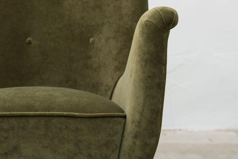 Pair of italian modern salon armchairs by arredamenti isa for Isa arredamenti