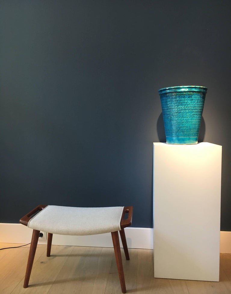 A large and beautiful blue glazed stoneware vase by Niels Kähler for Herman A. Kähler, Denmark. Signed to the underside 'HAK-Nils Denmark.