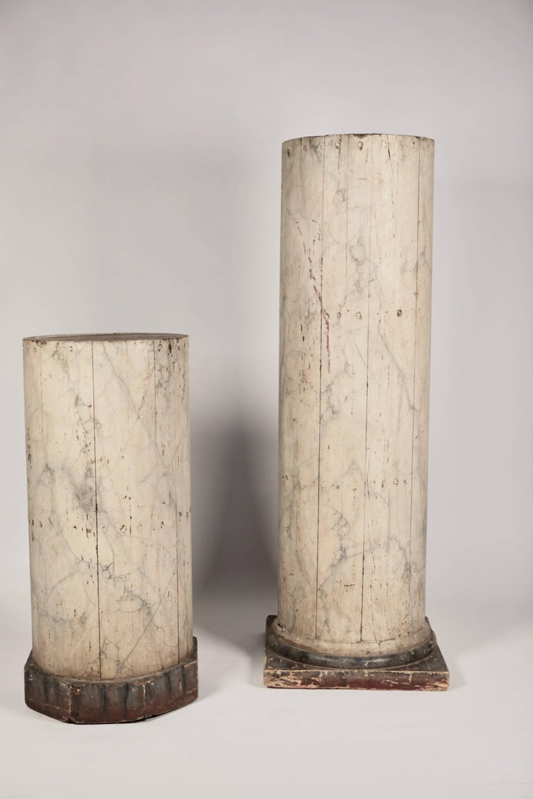 Pair of Large North Italian Marbled Wood Columns 19th Century In Good Condition For Sale In Hamburg, Hamburg