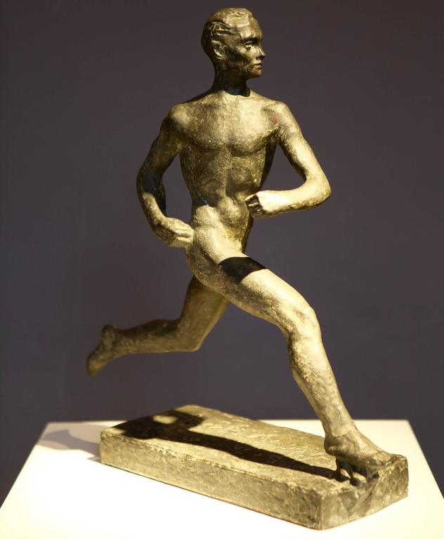 Large patinated metal sculpture of Paavo Nurmi by Wäinö Aaltonen,