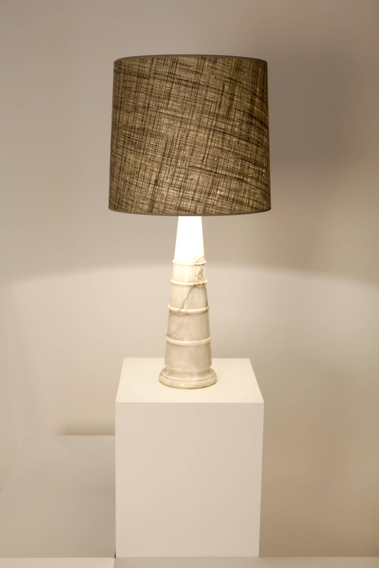 Mid-Century Modern  White Carrara-Marble Table Lamp, Italy 1970 For Sale