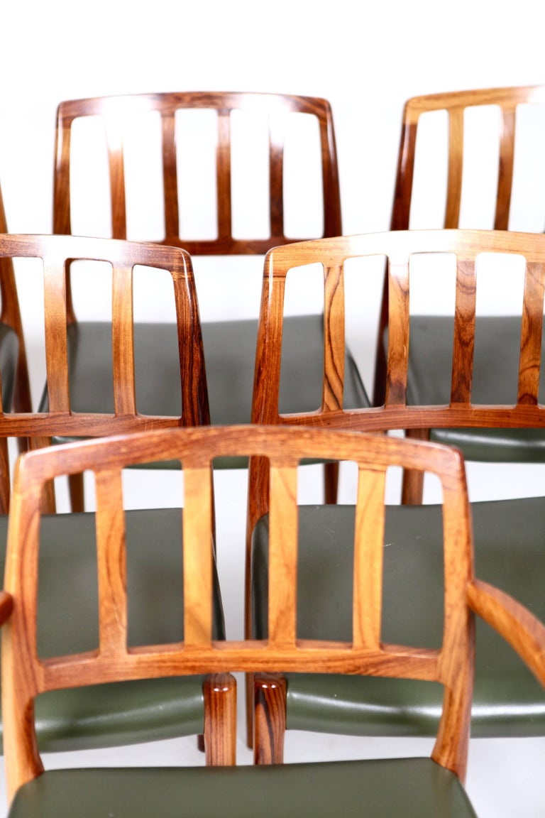 Niels O. Møller, Set of Six East Indian Rosewood Dining Chairs In Excellent Condition For Sale In Hamburg, Hamburg