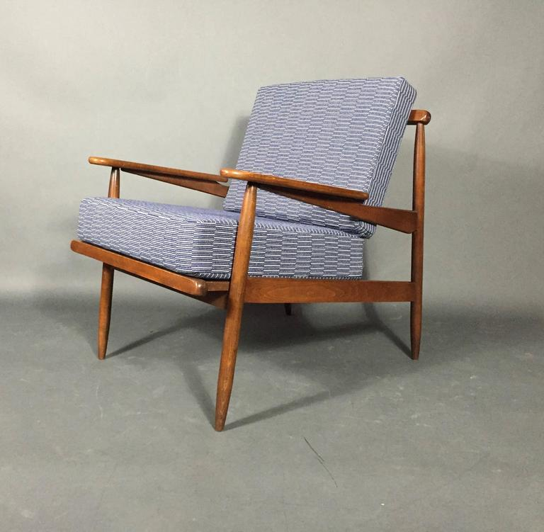 Mid-20th Century 1950s American Modern Walnut Lounge Chair, Eleanor Pritchard Cover For Sale