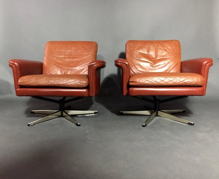 Pair of Scandinavian Leather and Steel Swivel Chairs, Denmark, 1960s 2