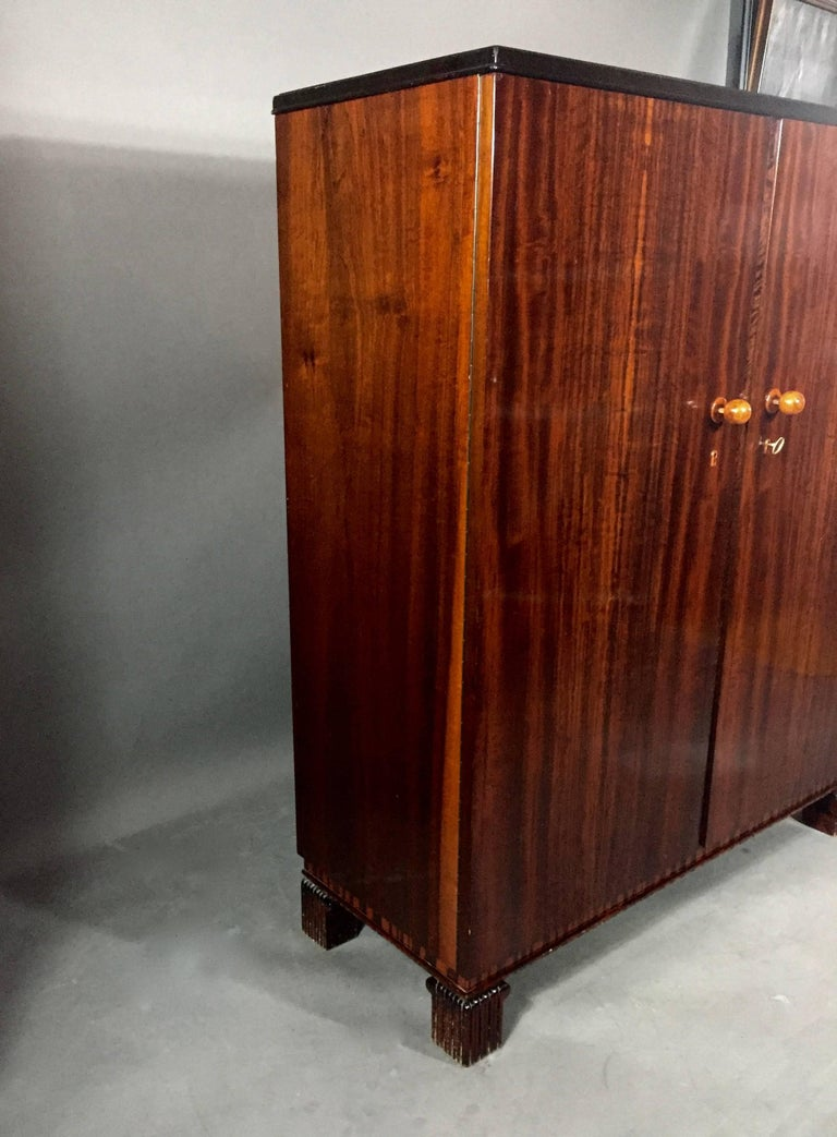 Mid-20th Century 1930s Art Deco Continental Gentleman's Cabinet For Sale