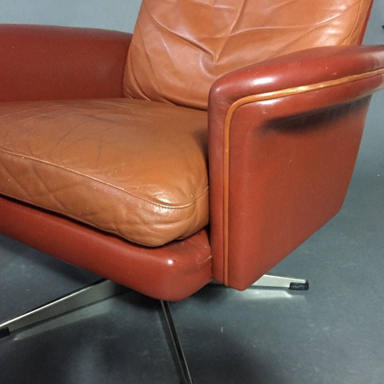 Pair of Scandinavian Leather and Steel Swivel Chairs, Denmark, 1960s 7