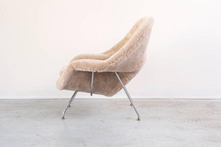 Mid-Century Modern Eero Saarinen for Knoll Womb Chair