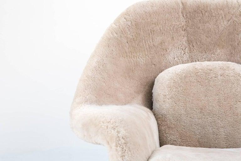 Steel Eero Saarinen for Knoll Womb Chair