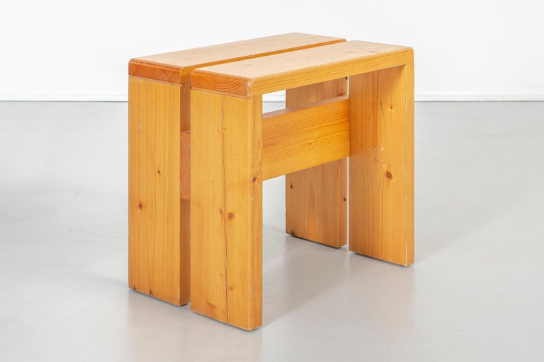 Set of Charlotte Perriand Pine Stools for Les Arcs For Sale 1