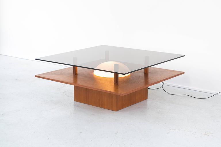 light up cocktail table by m belfabrik at 1stdibs. Black Bedroom Furniture Sets. Home Design Ideas