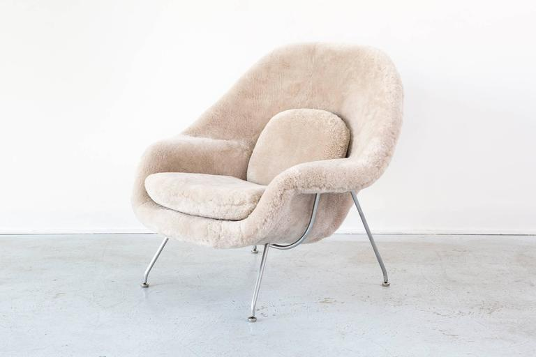 American Saarinen Mid-Century Modern Womb Chair by Knoll Reupholstered in Shearling