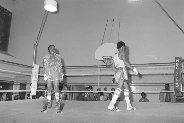 Paper 67 Vintage Chicago Boxing Photos, circa 1980s For Sale
