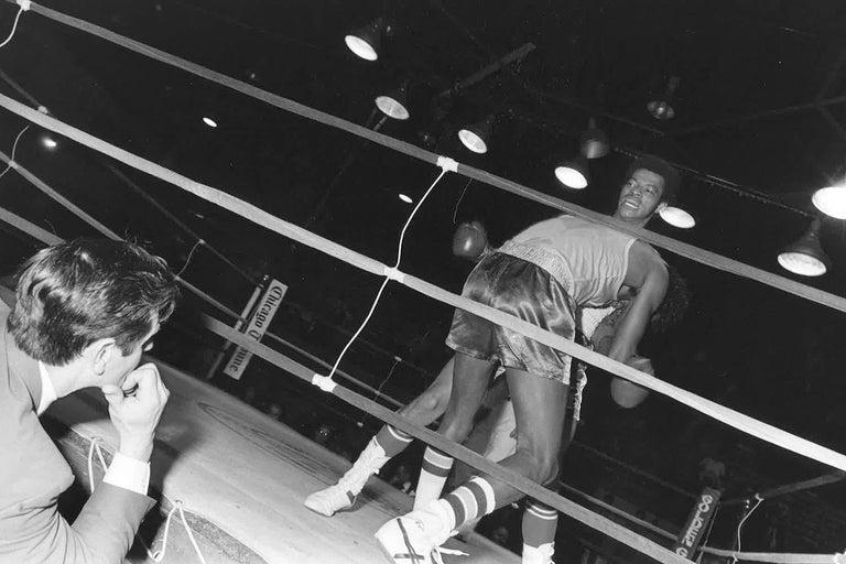 67 Vintage Chicago Boxing Photos, circa 1980s For Sale 3