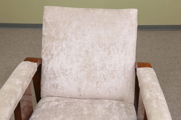 Pair of Hungarian Art Deco Armchairs in Walnut In Good Condition For Sale In Houston, TX