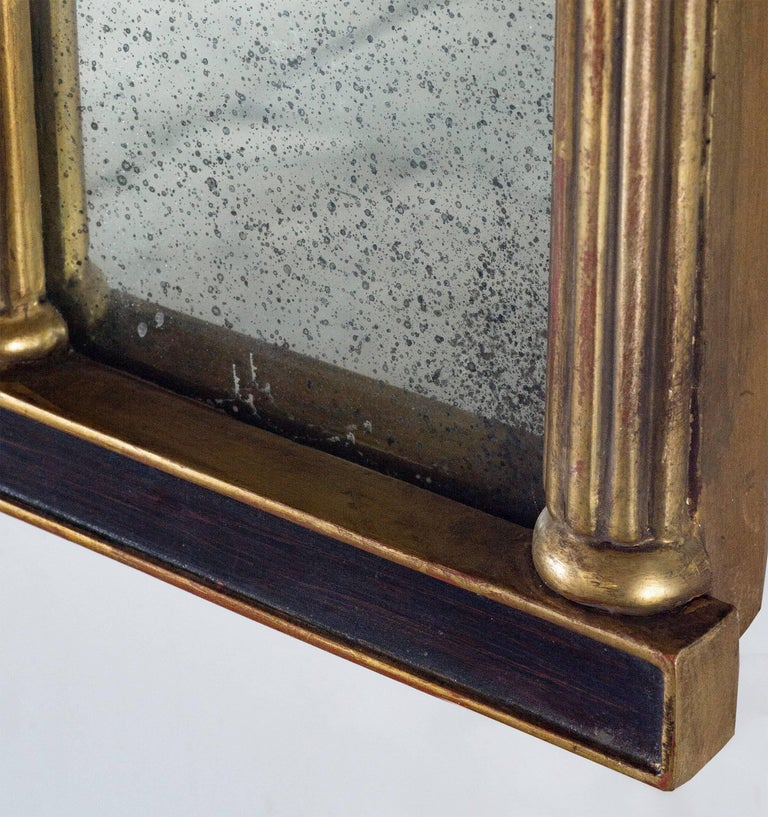 Horizontal Regency with Faux Rosewood Background In Good Condition For Sale In New York, NY