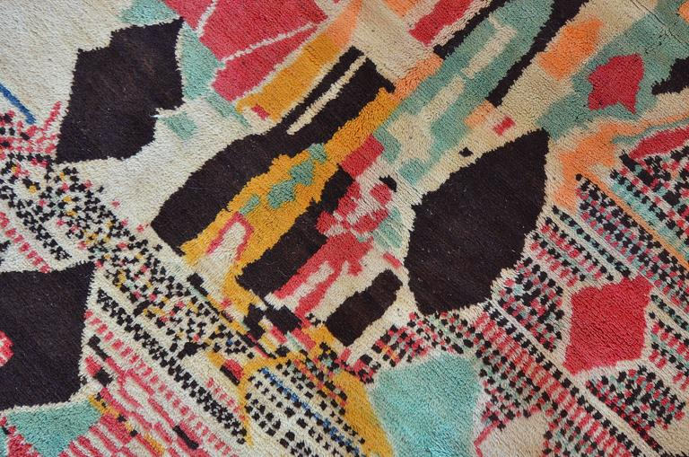 Hand-Woven Vintage Moroccan Rug For Sale