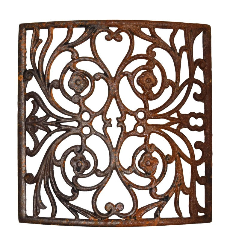 Curved Iron Heat Grate with Floral Motif, Multiple Available In Good Condition For Sale In Minneapolis, MN