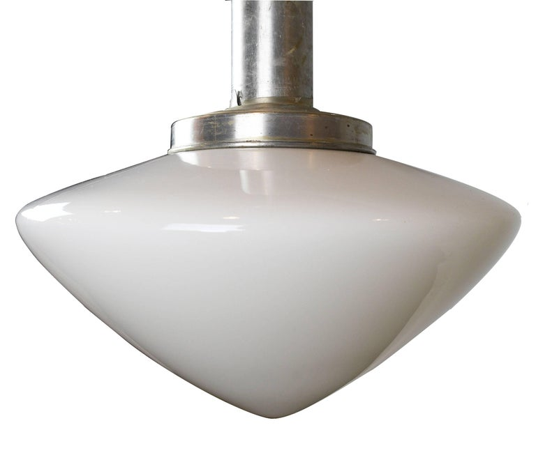 From a classic diner to your dining room table, this pendant light will provide a clean and sleek look to any kind of design aesthetic. From a simple, modern kitchen to a retro-cool dining room, this beautiful lamp will help create a superior