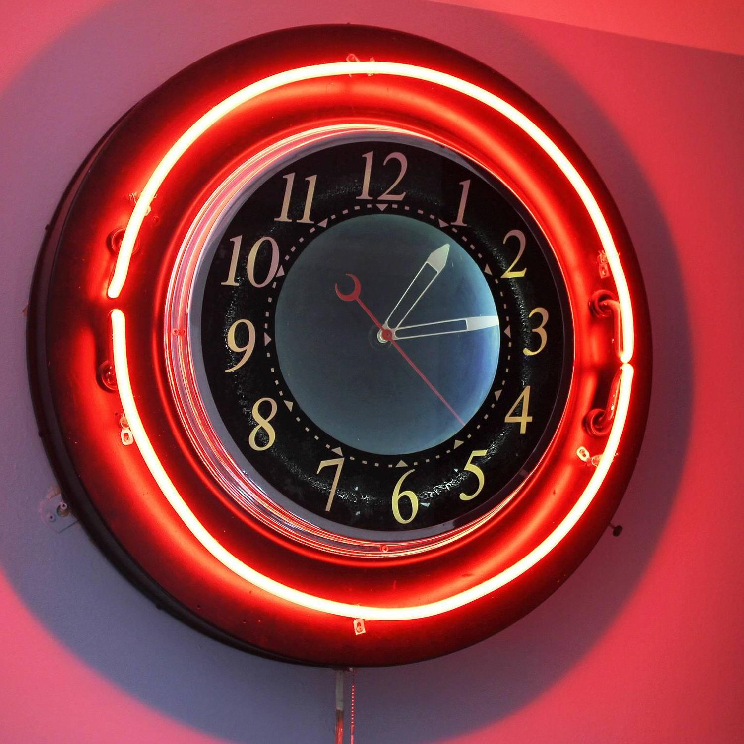 Wall Clocks With Neon Lights : Rare Wall 1940s Neon Clock at 1stdibs
