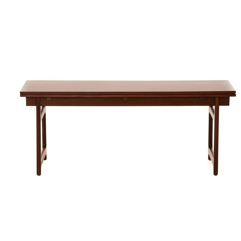 Danish Modern Coffee Table With Extension Leaves At 1stdibs