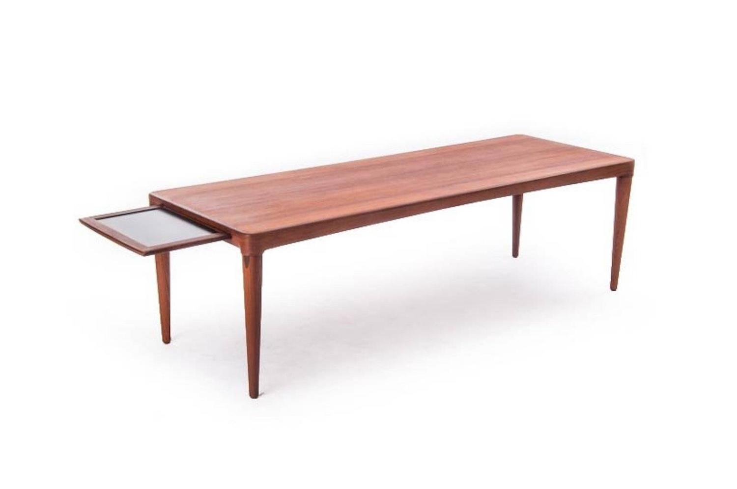 Vintage danish modern coffee table for sale at 1stdibs for Modern coffee table sale