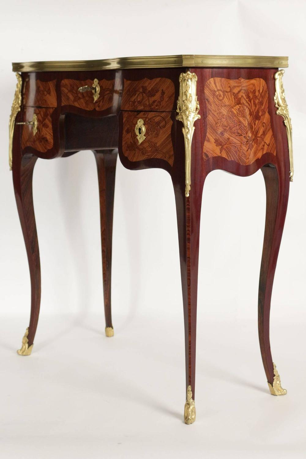 Beautiful Louis Xv Style Desk In Marquetry Of Exotic Wood Inlays 19th Century At 1stdibs