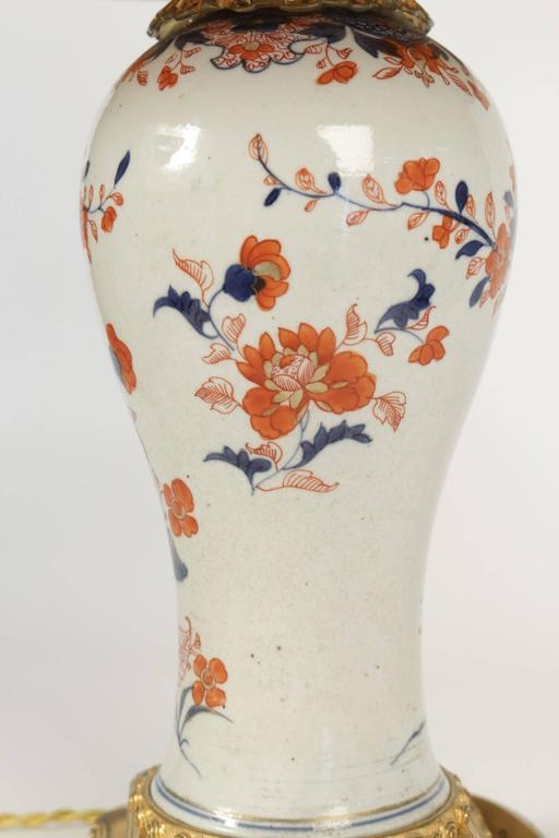 Chinese Export Single Imari China Porcelain Table Lamp of the 19th Century For Sale