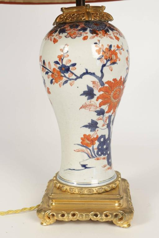Asian Single Imari China Porcelain Table Lamp of the 19th Century For Sale