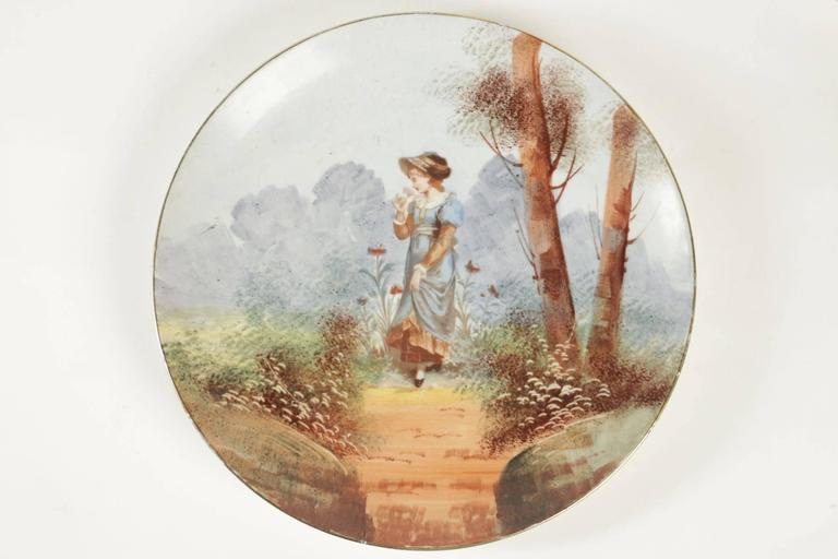 Napoleon III Pair of French Porcelain Hand-Painted Plates from the 19th Century For Sale