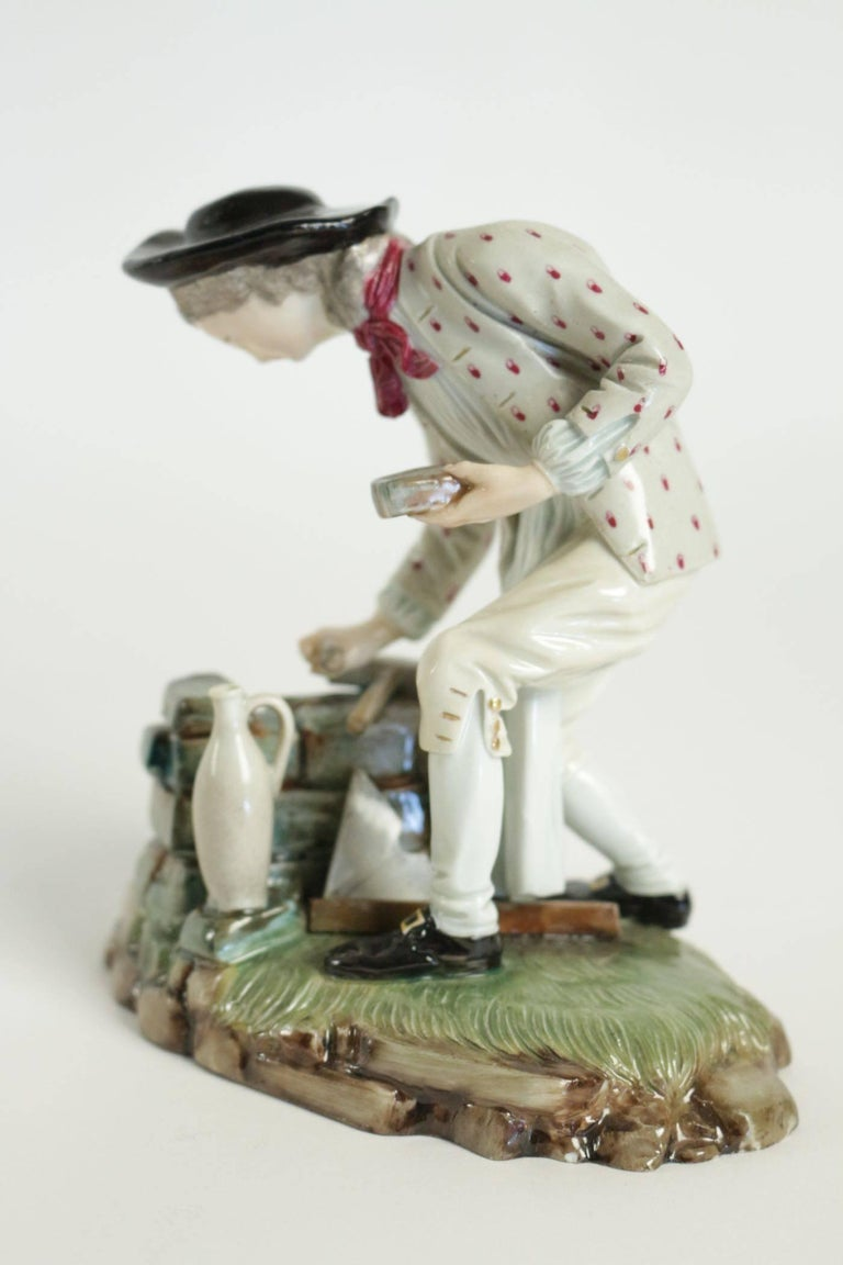 French 19th Century Figurine in Porcelain For Sale