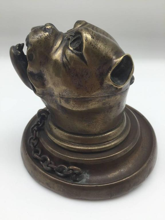 19th Century Bronze Growling Dog with Collar and Chain Inkwell For Sale 3