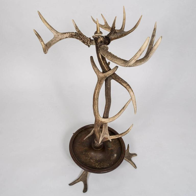 Black Forest Style Antler Umbrella Stand from a 1920s Adirondack Great Camp In Good Condition For Sale In New York, NY