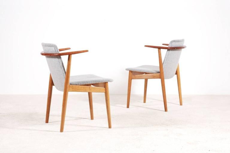 Scandinavian Modern Hans Olsen Pair of Teak and Oak Chairs, 1950s For Sale