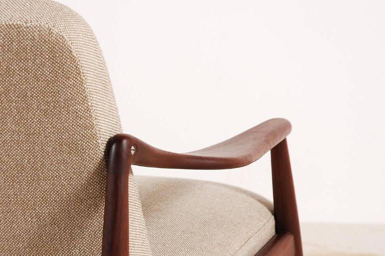 Beautiful Hartmut Lohmeyer Three-Seat Teak Sofa for Wilkhahn, 1950s For Sale 1